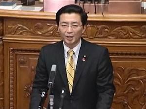 参議院本会議で質問する日本共産党山下よしき書記局長・参議院議員
